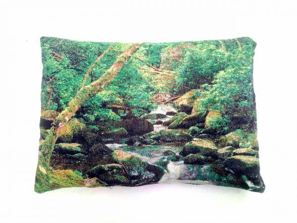 Декоративные подушки из гобелена Горная речка